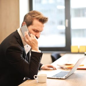 Read more about the article What are Common Financial Advisor Complaints?